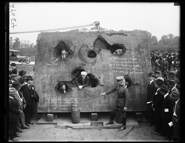 "14 Bethlehem plate showing penetration by 14"" A.P. projectile - M VIII Midvale - Lot 1, 1920 [...]"