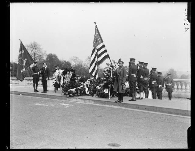 [Armistice Day at Arlington Cemetery]