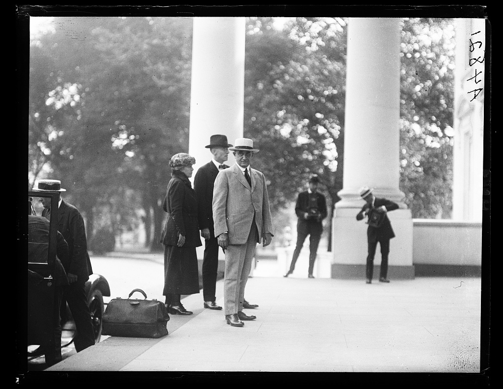 Dr. Charles Mayo arriving at White House. Sept. 10, 1922