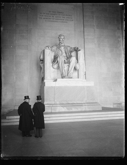 [Georges Clemenceau and Jean Jules Jusserand at the Lincoln Memorial, Washington, D.C.]