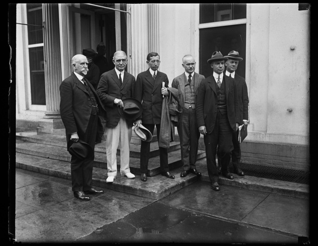[Group outside White House; includes William Harrison Hays, center. Washington, D.C.]