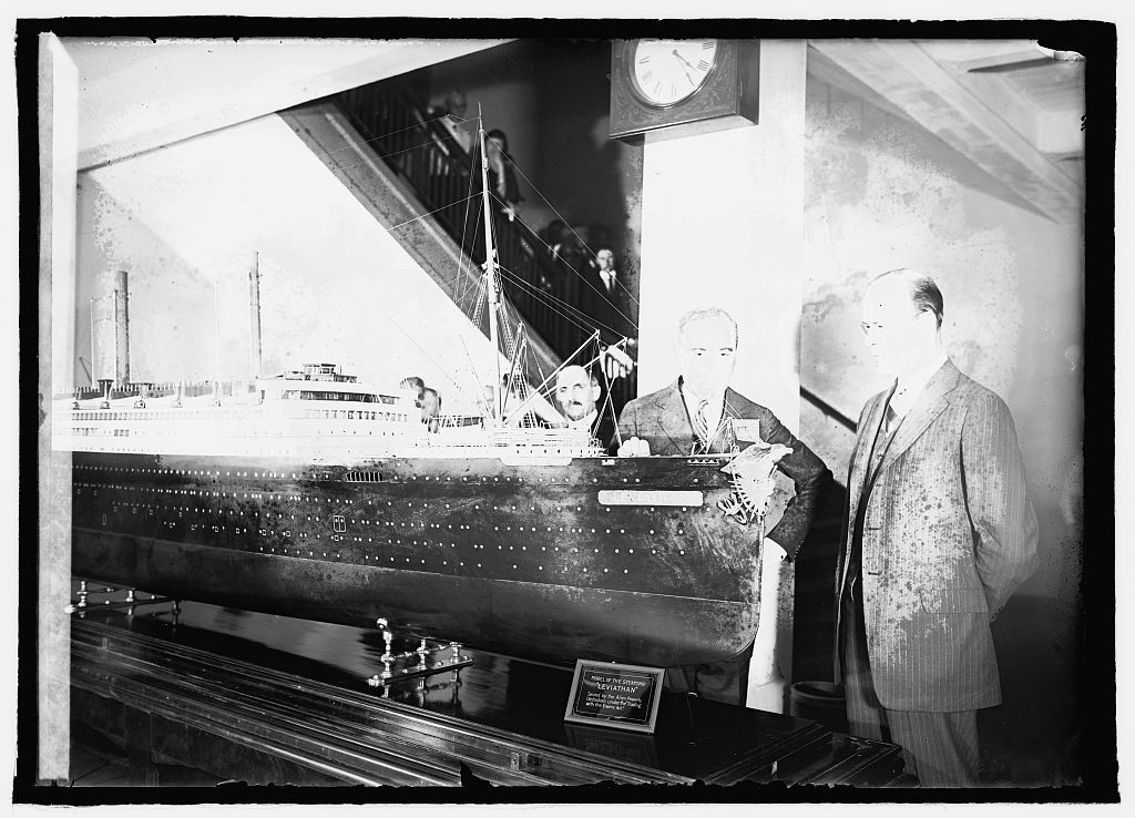 """Lasker with model of the steamship """"Leviathan,"""" [5/11/22]"""