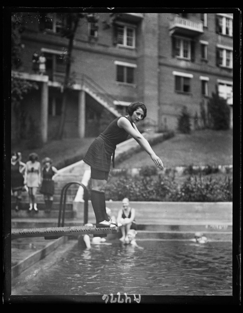 Miss Washington in bathing suit at Wardman Park pool