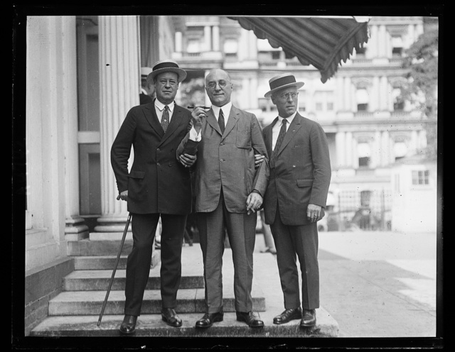 Nat'l Council of Travelling Salesmen Ass. Tim Healey. [Am...] Loeb, and Leon S. Fox at White House
