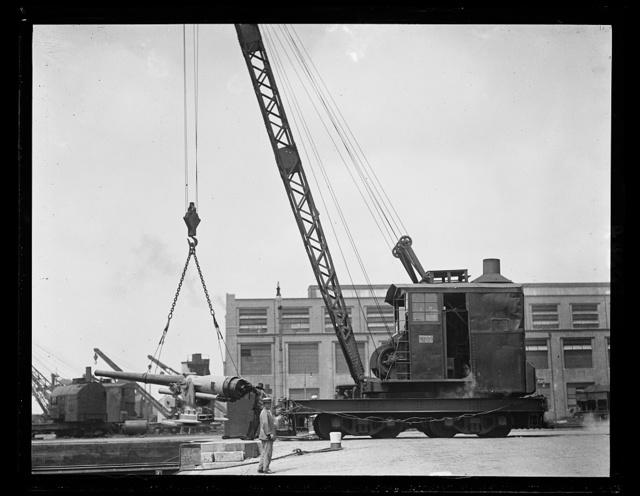 Navy Yard crane