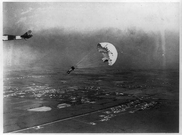 Parachute jump from aeroplane by Geo. Starr, Buffalo, N.Y. / photo by Milton J. Washburn.