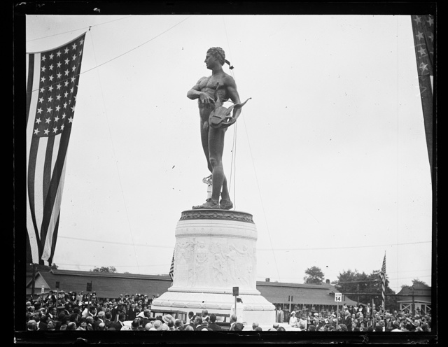 [Unveiling of the statue of Orpheus at Fort McHenry, Baltimore, Maryland, in honor of Francis Scott Key]