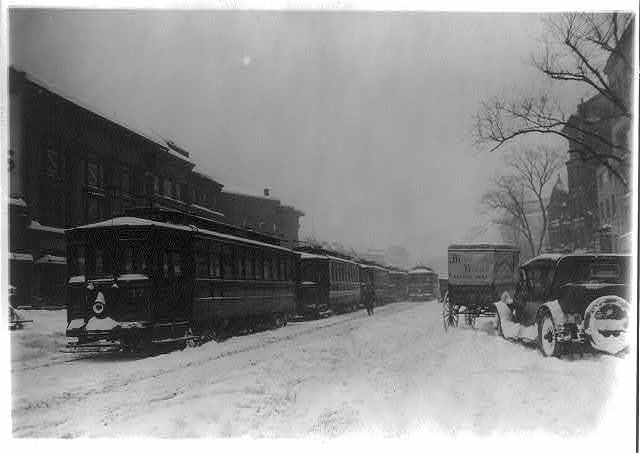 "[Washington, D.C. ""Trolley tie-up on Jan. 28, 1922"" in snow storm]"