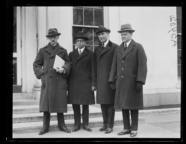 A.D. Lasker and shipping board group [White House, Washington, D.C.]