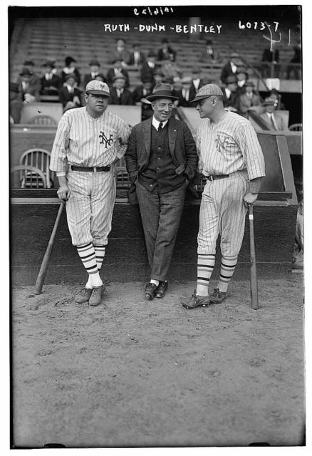 [Babe Ruth & Jack Bentley in Giants uniforms for exhibition game; Jack Dunn in middle (baseball)]