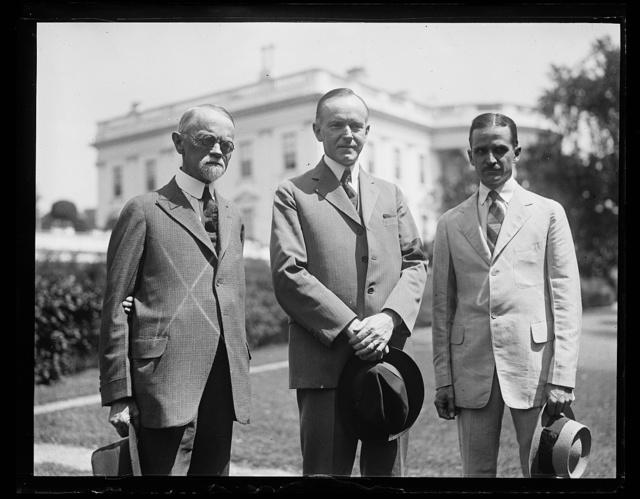 [Calvin Coolidge and group outside White House, Washington, D.C.]