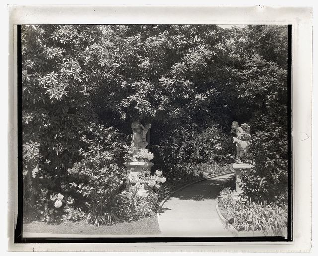 [Henry Edwards Huntington house, Oxford Road, San Marino, California. Pathway to guest house]