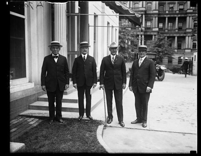 Members of the Military Order of the World War. L. to r.: Gen. J. Lejeune, Adm. [...] J. Cowie, Adm. J.L. Latimer, Maj. Gen. C.H. Martin