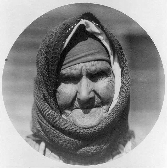 [Old Greek woman in camp at Salonica waiting to be moved to Thrace; head]