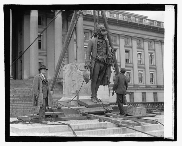 Placing Hamilton statue