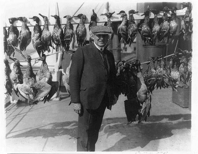 [President Harding with dead game birds - ducks and geese]