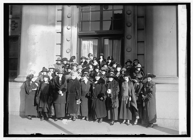 Rep. Nat. Committee group women, [12/11/23]