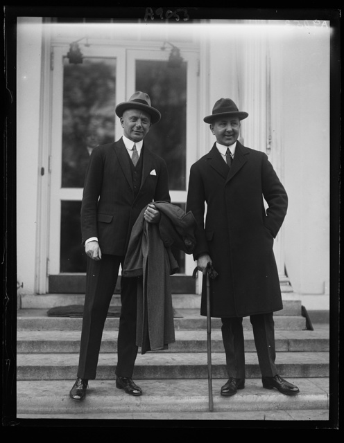 Baron Rheinbaben, member of the German Reichstag, left, with H.H. Dieckhoff, Charge d'Affaires of the German Embassy at Wash., at White House, Oct. 23rd, to meet Pres. Coolidge