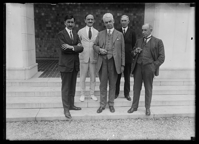 Dr. S.H. Rowe, Director of the Pan. Amer. Union, entertained at luncheon today in honor of the members of the Amer. Railway Comm. at the Pan Amer. bldg.: Lft. to rt., front row: Hon. Francisco P. De Hoyas, Mexico; Chas. M. Pepper; Hon. Santiago Marin Vicuna, Chile; back row: Dr. L.S. Rowe and Dr. Esteban Gil Borges, Asst. Director of the Pan Amer. Union