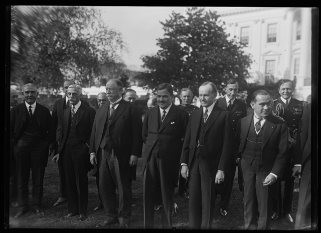 [Group outside White House, Washington, D.C.; includes Andrew W. Mellon, William H. Taft and Calvin Coolidge]