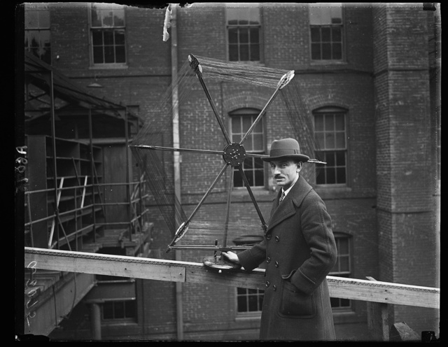 In recognition of his having conducted the most successful radio show in the U.S. Alfred Stern, director of Washington's first radio show, was presented with this elaborate loop antenna by Dr. J. Harris Rogers, famous inventor. It is estimated that 50,000 persons attended this exhibition