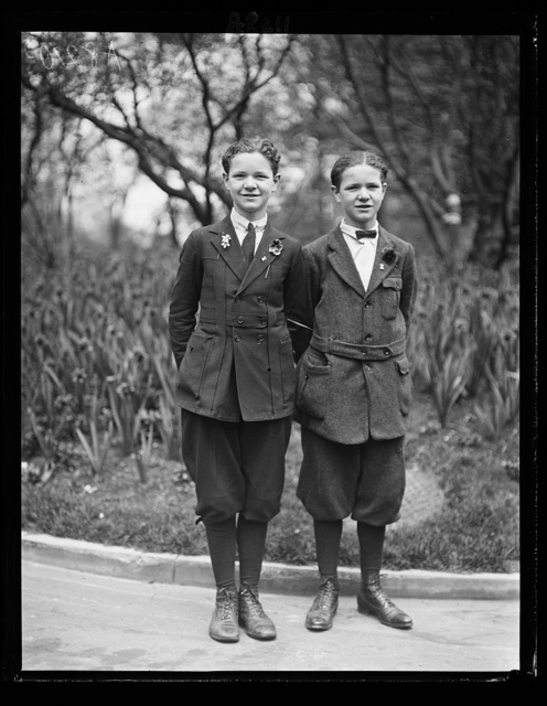 John and Chas. Knier, twin brothers, 14 yrs. old, who raised vegetables valued at $500 on a city lot in Elmira, N.Y. For their achievement, they won a trip to Wash. from Dept. of Agriculture