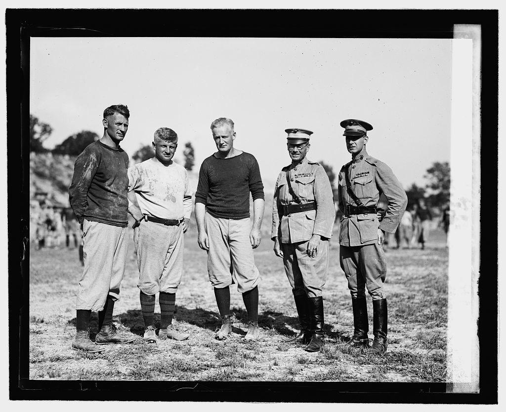 Maj. Gen. E.K. Cole, Maj. Vandegrif, Becker, Bezdek, McCormick, 8/[...]
