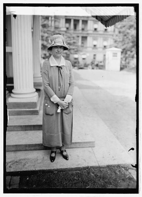 Miss Judith C. Waller of W.M.A.Q. Chgo [i.e., Chicago] at White House, [Washington, D.C.]