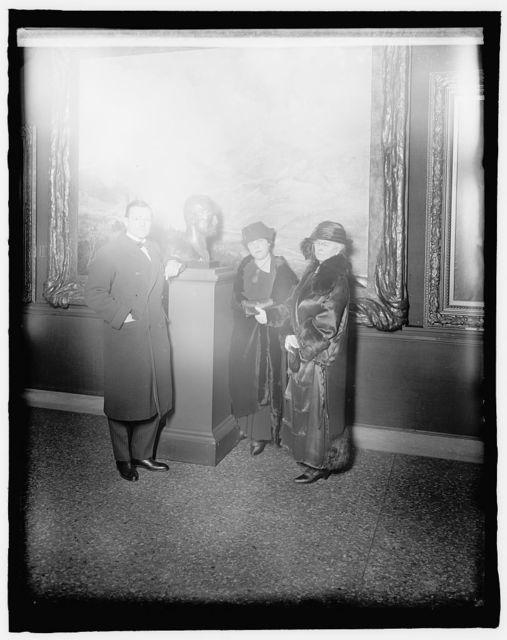 Rene Seligmann of Paris (artist), Nancy Cox McCormack (sculptress), and Mrs. Wm. Fitzch Kelley (Wash. artist) at Museum, 12/18/24