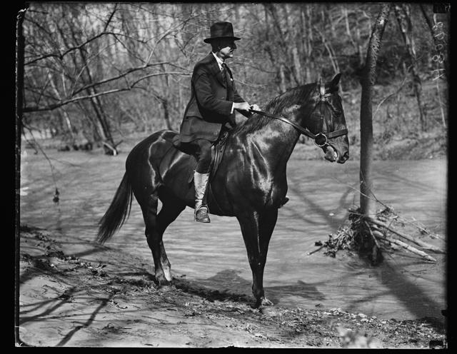 Sen. O.E. Weller of Md. on horseback