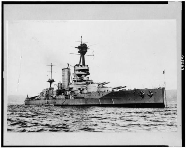 [The Almirante Latorre, the first dreadnought of the Chilean Navy, photographed during a trial trip]
