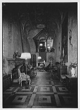 Benjamin Wood, residence at 61 E. 52nd St. Living room by night illumination