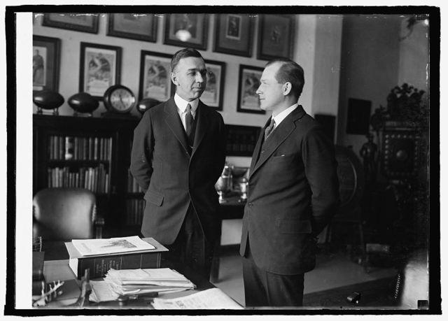 Capts. C.T. Brooks & L.W. Burnham, Marine aides to President, [1/12/25]