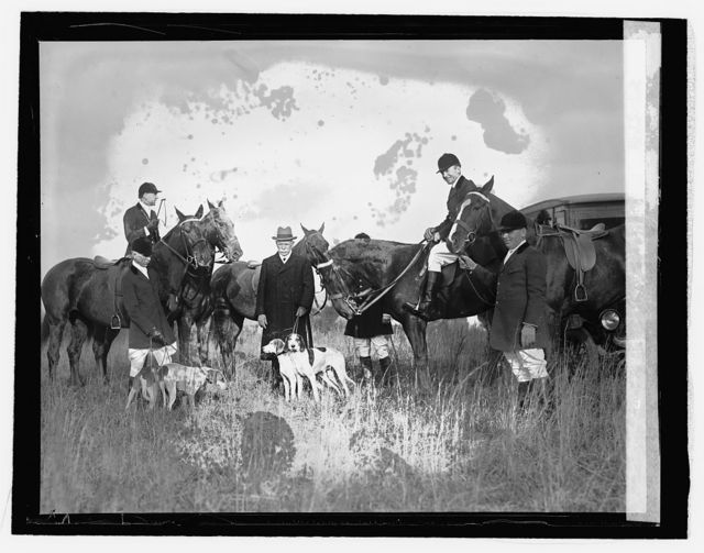 Colonel Robt. M. Thompson with hounds, [11/4/25]