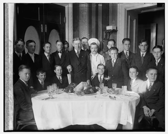 Dawes giving Xmas dinner to Senate pages, [12/23/25]