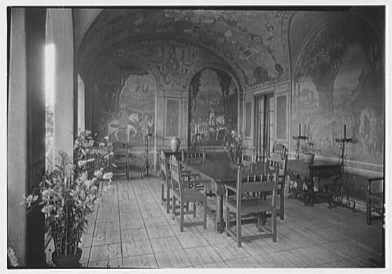 H.H. Rogers, residence in South Hampton [i.e., Southampton]. Breakfast room