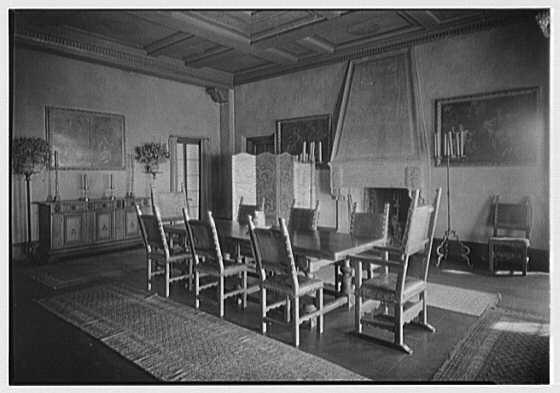 H.H. Rogers, residence in South Hampton [i.e., Southampton]. Dining room