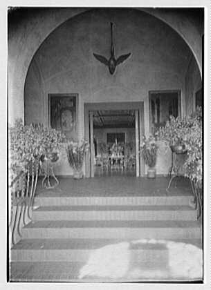 H.H. Rogers, residence in South Hampton [i.e., Southampton]. Entrance door to living room