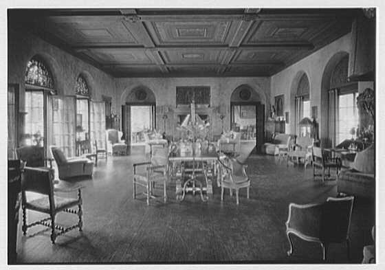 H.H. Rogers, residence in South Hampton [i.e., Southampton]. Living room from entrance