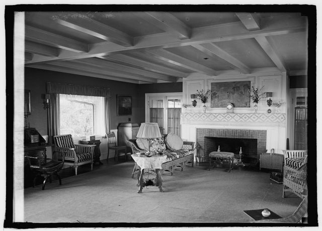 Kennebunk Port, ME; summer home of A. Atwater Kent, [8/11/25]