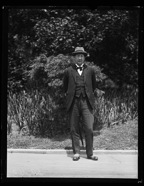[Mr. C.K. Webster, Professor of International Politics of the University of Wales at the White House, Washington, D.C.]