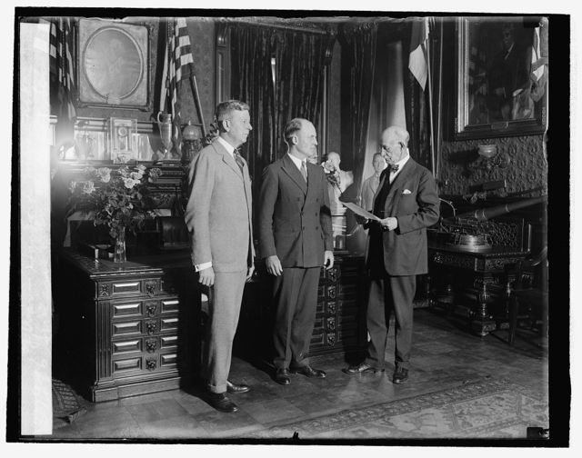 Swearing in of Asst. Sec. of War, Hanford MacNider, [10/16/25]