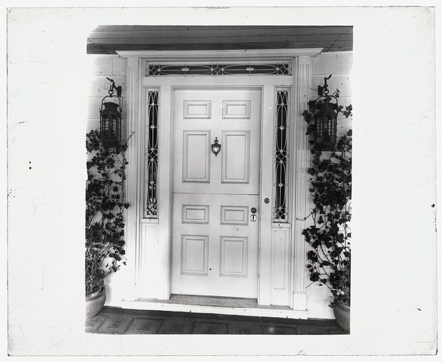 [Unidentified house. Federal style door]