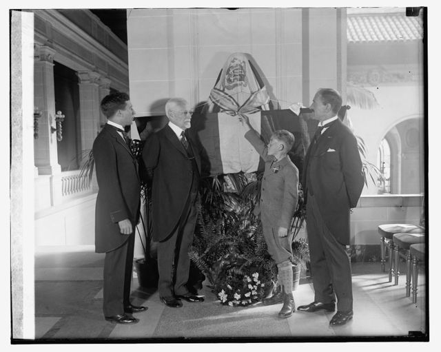 Unveiling of Duarte bust at Pan American, [11/18/25]