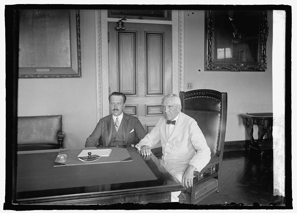 Count Alexander Skrzynski and Kellogg, 7/17/25