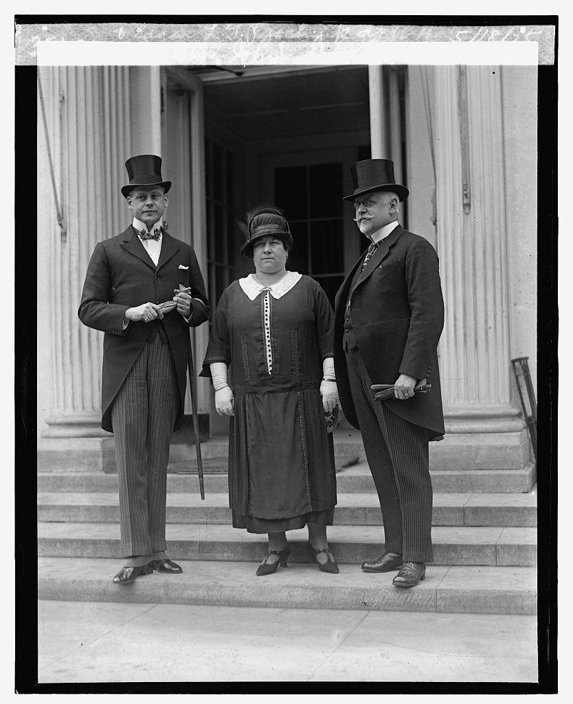 Mr. & Mrs. John Scholer of Austria & Edgar L.G. Prochnik at W.H., 5/18/25