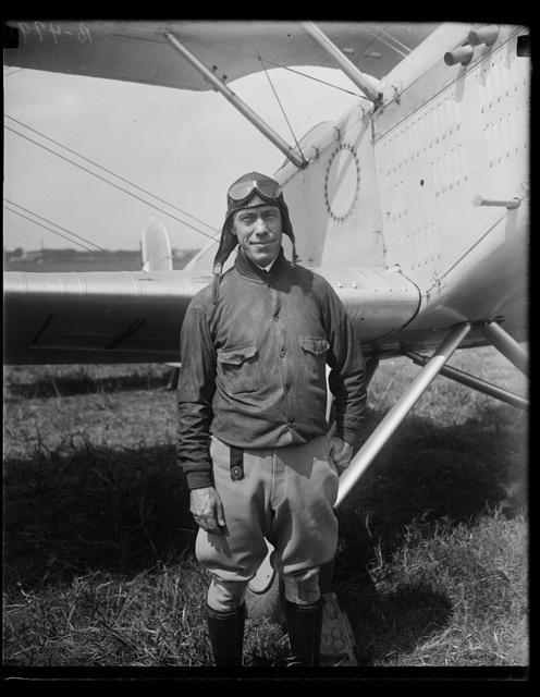 [Aircraft at Bolling Field, Washington, D.C.]