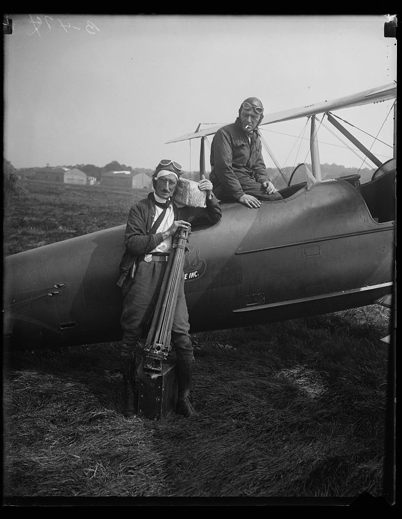 [Airplane at Bolling Field, Washington, D.C.]