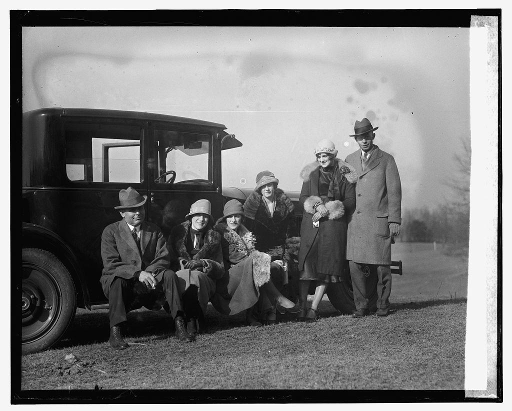 Foxhunt at Joseph Leiter estate, [1/2/26]