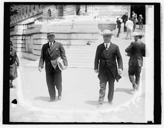 Herry E. Mackey & Rep. Wm. S. Vare of Pa. at Capitol, [6/9/26]